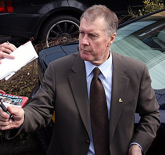 Geoff Hurst - Hurst signing autographs outside Upton Park in 2008