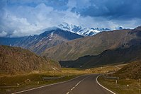 Georgian Military Road on May 2013 - 08.jpg