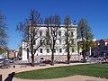 Giebel Staatskanzlei (Schwerin).jpg