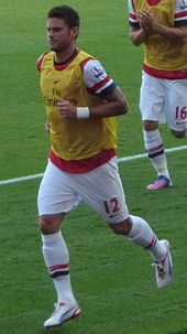 0ca0419ee Giroud warming up for Arsenal in 2012