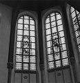 Glas in loodvenster in het bovendeel van het koor - Gouda - 20081854 - RCE.jpg