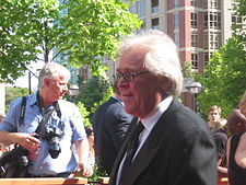 Glen Sather, 2006 NHL Awards.jpg