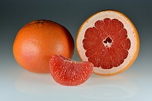 Grapefruits - whole-halved-segments.jpg