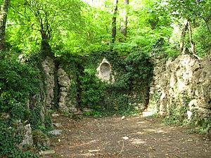 Grotte_in_Kalksburg_01.jpg