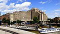 Guman Hotels The Tower. - Widok z mostu Tower Bridge - panoramio.jpg