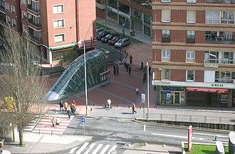 Gurutzeta/Cruces (Metro Bilbao) - Image: Gurutzetako Metroa Ospitaletik