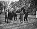 H. M. ontvangt Lord Ismay op Raaphorst te Wassenaar, Bestanddeelnr 905-3774.jpg