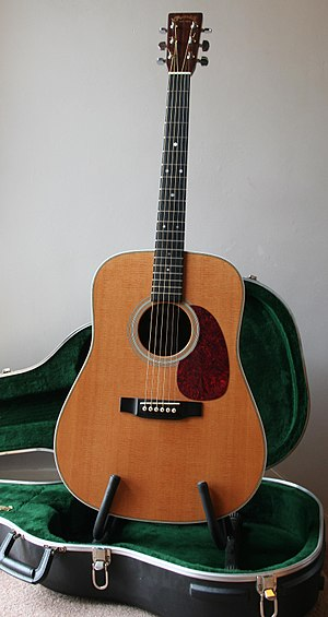 Dreadnought (guitar type) - Image: HD28 (R.Waller)