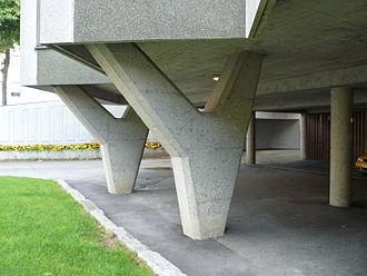 David Sandved - Haugesund public library, y-shaped pilars.