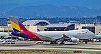 HL7436 Asiana Airlines Boeing 747-48EF s-n 29170-1305 (37544342004).jpg
