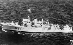 HMAS Junee as a training ship in 1954. Her wartime armament has been replaced with two 40 mm Bofors guns.
