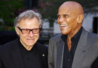 Harvey Keitel - Keitel with singer Harry Belafonte in New York, April 2011