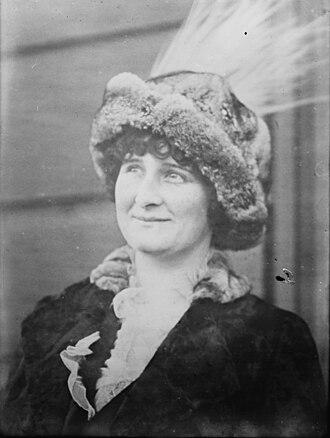 Helene Hathaway Britton - Image: Helene Hathaway Britton in 1915