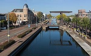 Helmond - Image: Helmond, zicht op kanaal door Helmond vanaf de Kasteeltraverse foto 8 2016 10 16 13.53