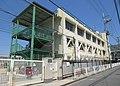 Higashiosaka City Hiraoka Nishi elementary school.jpg