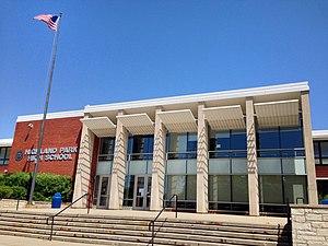 Highland Park High School (Highland Park, Illinois) - Image: Highland Park High School (Highland Park, Illinois), USA June 2014