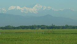 250px-Himalayas_from_Bangladesh.jpg