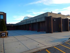 Hommocks Middle School - Pool building