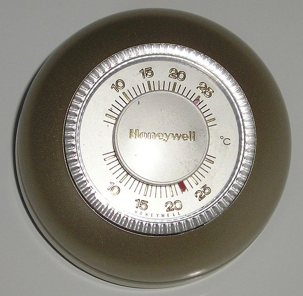 File:Honeywell thermostat.jpg