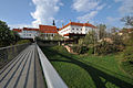 Horn Piaristensteg, Bürgerhaus und Stadtmauer 5816.jpg