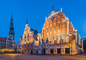 House of Blackheads and St. Peter's Church Tower, Riga, Latvia - Diliff.jpg