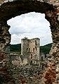 Hrad Rabí s hradním kostelem Nejsvětější Trojice, část stojící, část zřícenina a archeologické stopy (Rabí) (18).jpg