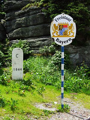 Czech Republic–Germany border - Border stone on the mount Třístoličník/Dreisesselberg