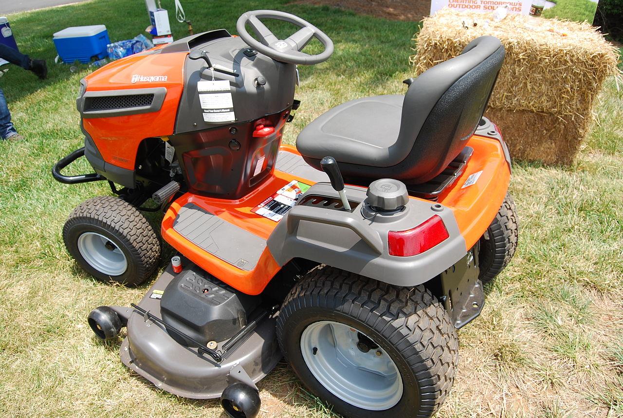 Image Gallery Husqvarna Riding Lawn Mower