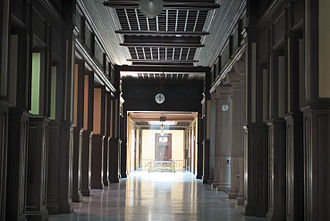Istanbul High School - Second floor SW corridor