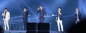 G.o.d - Left to right: Son Ho-young, Yoon Kye-sang, Kim Tae-woo, Danny Ahn and Park Joon-hyung