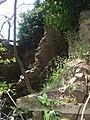 Interno della casa diruta di Cecani di sopra - panoramio.jpg
