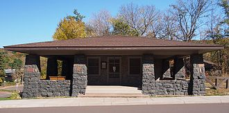 Interstate Park - The c. 1920 women's rest room influenced later park facilities
