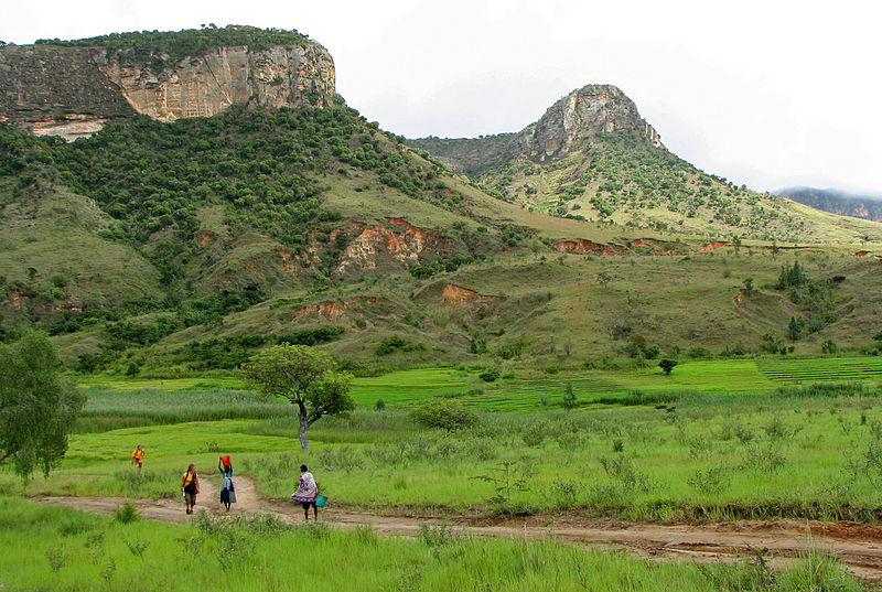 File:Isalo National Park 08.jpg