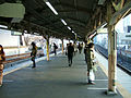 JREast-Okubo-station-platform-Chuo-main-line.jpg
