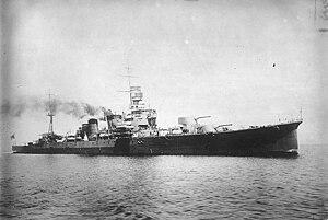 Japanese cruiser Kako - Image: Japanese cruiser Furutaka 19260405