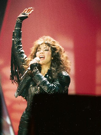 Jennifer Rush - Rush performing in 1988
