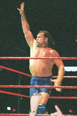 Jim Duggan - Duggan poses for the fans