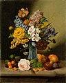 Johann Georg Seitz - Cvetlice v modri vazi in sadje.jpg