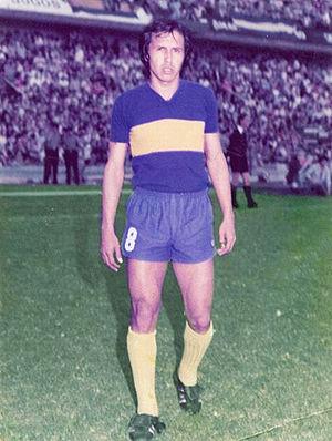 Juan Ramón Rocha - Rocha playing for Boca Juniors