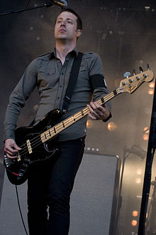 Justin Meldal-Johnsen performing with Nine Inch Nails in 2009