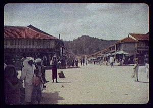 Kandy - Colombo Street LCCN2004707612