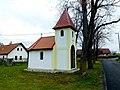 Kaple Nejsvětějšího Srdce Ježíšova v Lhotě Bubeneč (Q94434269).jpg