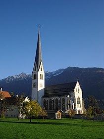 Kath. Pfarrkirche Maria Himmelfahrt.JPG
