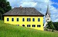 Keutschach Pfarrhof und Pfarrkirche 31052010 35.jpg