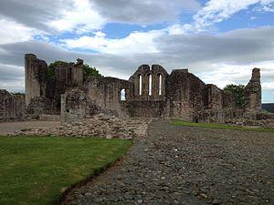 Elizabeth de Burgh - The Ruins of Kildrummy Castle
