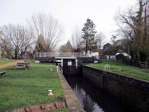 Kintbury Lock 04