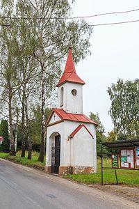 Klokočovská Lhotka kaple.jpg