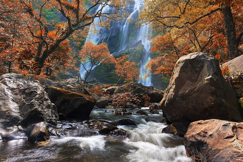 Klonglan waterfall 03