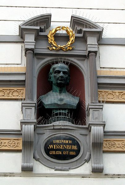 File:Konstanz Wessenberghaus Bueste.jpg