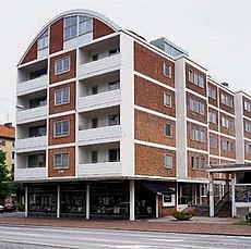 Edificio de viviendas en calle Copenhague, Malmö (1950-1951, 1962-1963), junto con Sten Samuelson